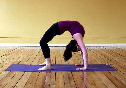 Польза поз и упражнений по йоге для похудения и